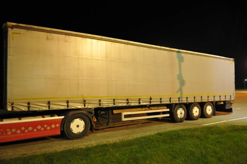 На польской границе снова задержали калининградский грузовик. На этот раз за 800 т.р.